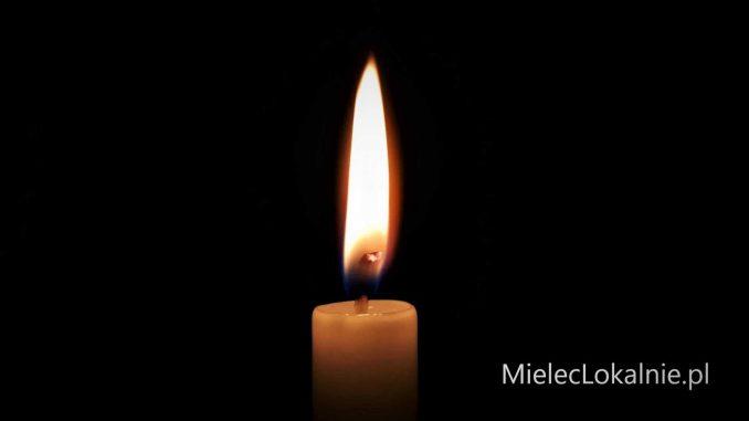 Dziś (20.12) w nocy w Kliszowie doszło do tragedii. Samochód najechał na leżącego na jezdni 37-letniego pieszego. Mężczyzna zginął na miejscu.