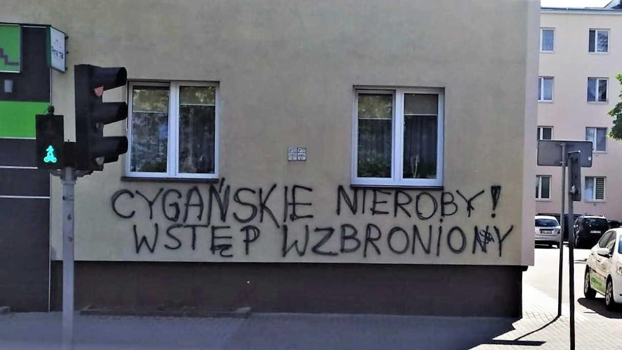 Rasistowskie napisy na terenie Mielca