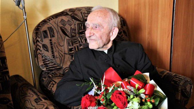 Ks. kanonik Franciszek Hanek skończył sto lat [ZDJĘCIA]